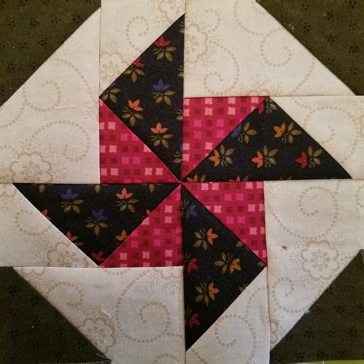 Block 99 – Four Corner Spinwheel